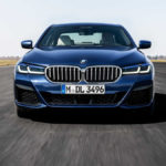 新型BMW 5シリーズ発表!前後ランプのデザインが新世代へ、キドニーグリルは「ちょっとだけ」大きく