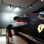 ブラックのフェラーリ・ポルトフィーノ