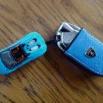 ランボルギーニ・ウラカンEVO RWDのキーホルダー製作!1/64サイズの(ボディカラー同色)アヴェンタドールを流用