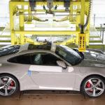 ポルシェが「製造中の自分の車両を確認できる」「輸送状態を追跡できる」「納車までのカウントダウン可能」なアプリ上サービスを公開