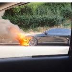 【動画】ヒュンダイの最高級車「ジェネシスG80」、納車から6日で炎上→廃車に!ヒュンダイも調査に乗りだしたとの報道
