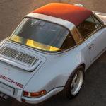 """ジンガー・ポルシェがまたまた新作!911タルガをベースに「グレー×レッド」、サイドには""""ゴースト""""ストライプ"""