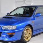 """1989年にわずか400台が限定発売されたスバル・インプレッサSTi 22B。当時の価格は500万円、現在は""""走る不動産""""ともいうべき4000万円で販売中"""