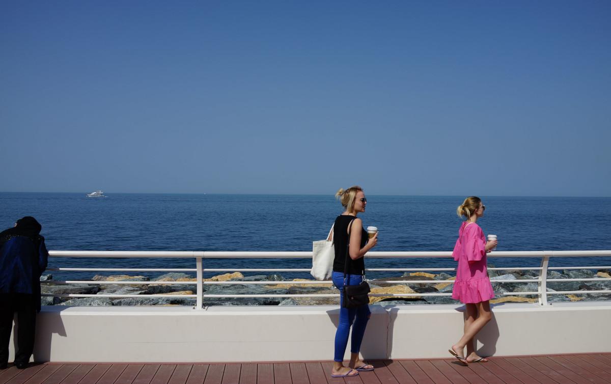 ドバイの人工島「パーム・ジュメイラ」へ。五つ星ホテル、アトランティスへ行ってみる
