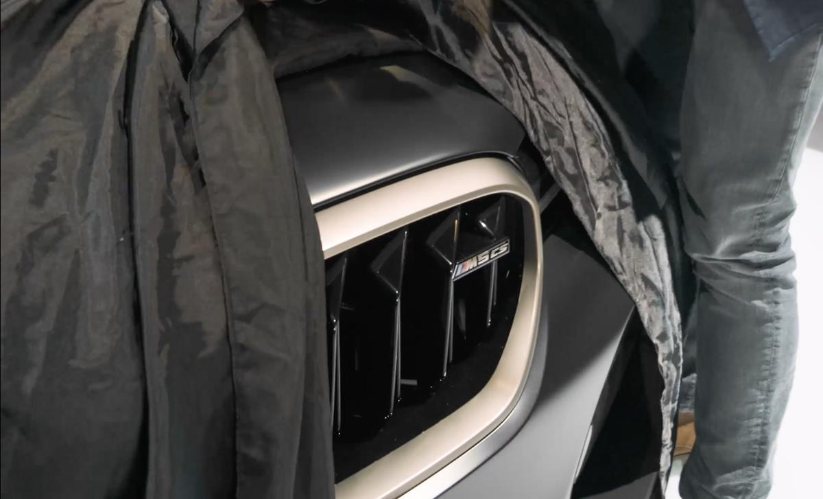 BMWが新型M5 CSをチラ見せ
