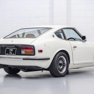 R33 GT-Rのエンジンを積んだ日産フェアレディZ