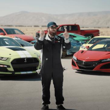 世界で最も豪華なドラッグレース動画