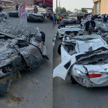 サウジアラビアの駐車場が倒壊