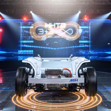 アップルの電気自動車(EV)はiPhone同様、台湾フォックスコンが製造