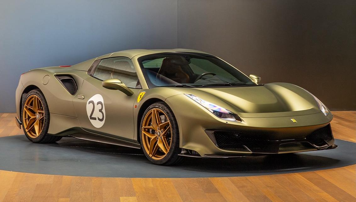 フェラーリが「クラシック」仕様の488ピスタを公開