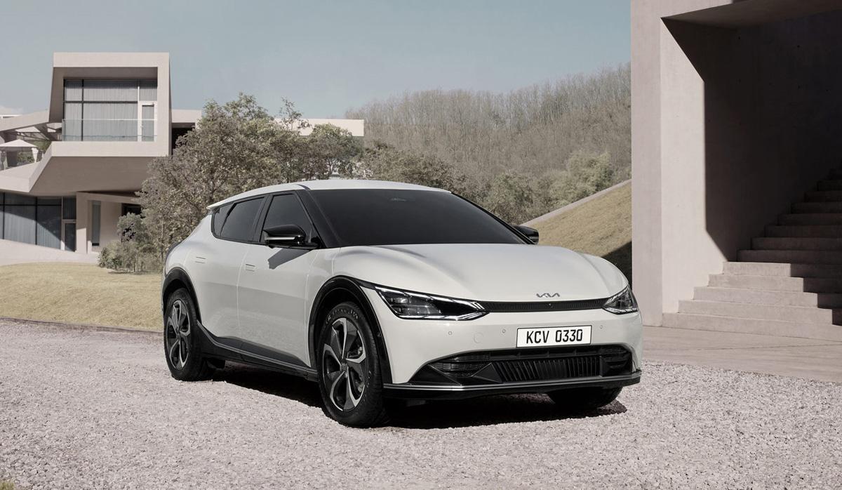 韓国キアがデザイン特化型電気自動車「EV6」発表