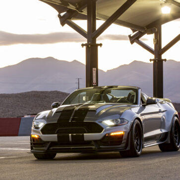 シェルビーまでもが「スピードスター」に参入!98台限定、825馬力のスーパースネーク・スピードスターを発売