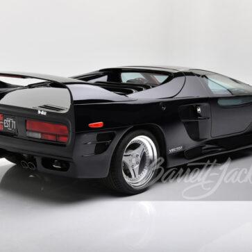 ブルネイ王室が発注した米スーパーカー「ベクターM-12」が競売