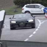 謎のブガッティ・シロン試作車がふたたび目撃