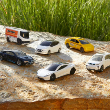「エコ」の流れがミニカーにも!マッチボックスが「製品にはエコ素材を使用し、EVや充電スタンドを拡充する」と発表