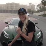 ドバイより女流ユーチューバーがアストンマーティンDB11のカスタムカー「マンソリー・サイラス」を紹介