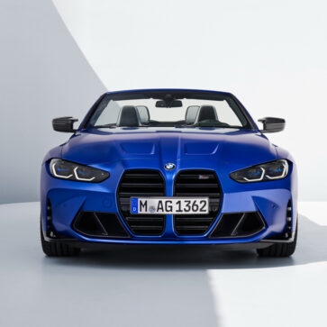 BMWが新型M4コンバーチブル発表
