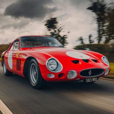 1963年に4台しか作られなかった「フェラーリ330LMB」を新車として製作しようとした男