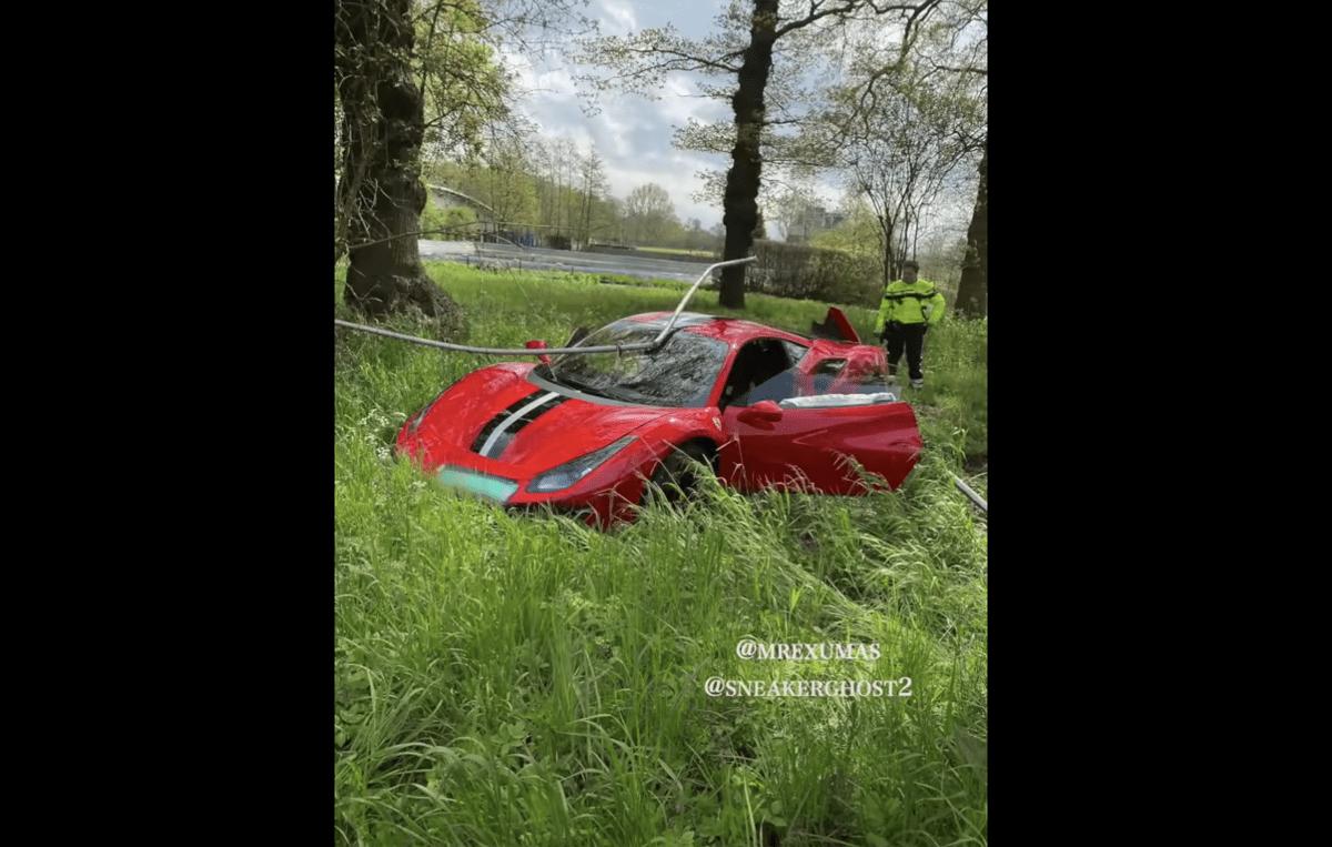 納車わずか一日、貴重なフェラーリ488ピスタがクラッシュ