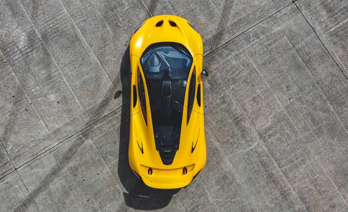 「製造第一号」のマクラーレンP1が競売に登場!デザイナーであるフランク・ステファンソンからの手紙、そしてヒストリーブックが付属する価値ある一台