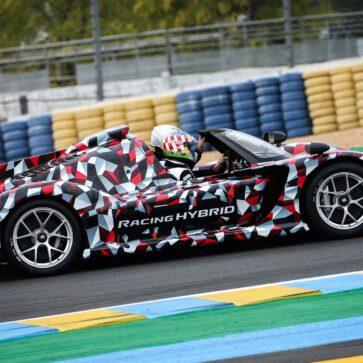 トヨタはGRスーパースポーツにモーターをさらに1個追加して「合計1,000馬力」超のパフォーマンスを与えるようだ