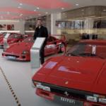 英国地方都市にあるフェラーリディーラーの展示車がスゴすぎた
