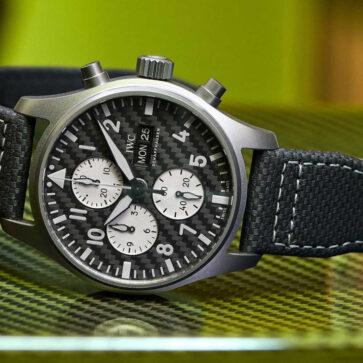 メルセデスAMGとIWCとの最新コラボ腕時計「パイロット・ウォッチ・クロノグラフ AMG」発表