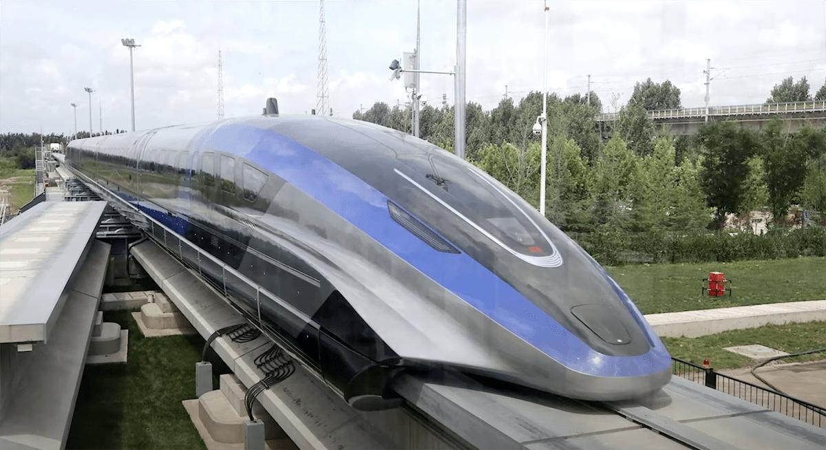 中国にて「時速600km/h」を誇る新型列車が公開!北京-上海をわずか2時間で結び、航空機の3時間よりも早く到達(大丈夫か・・・)
