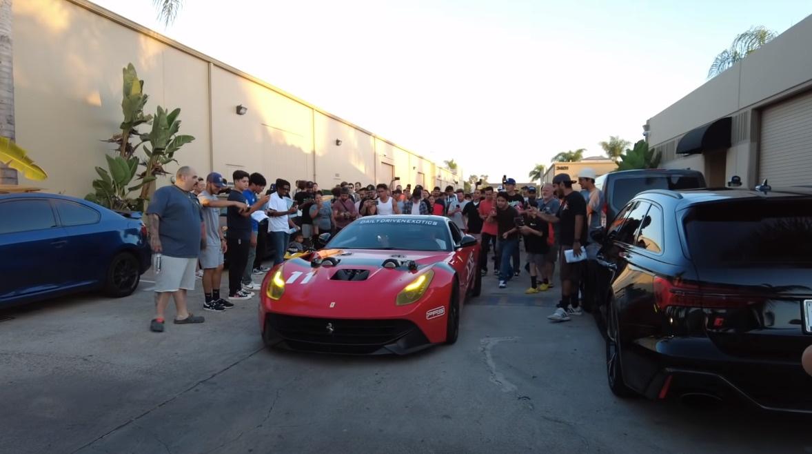 まさかの1500馬力!フェラーリF12をツインターボ化+上方排気化し、直管サウンド&火を吹く仕様にカスタムした猛者が現る