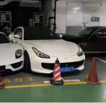 中国にて、怒った妻がフェラーリにBMWを激突させる