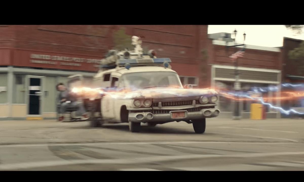 新作映画「ゴーストバスターズ アフターライフ」予告編公開!ボクが「映画に登場するカッコいいクルマTOP3」にあげるECTO-1がバージョンアップして大活躍!