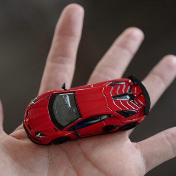 NIMI GT製、ランボルギーニ・アヴェンタドールSVJ(1/64)のミニカーを買ってみた!現在MINI GTではウラカン、ウルスも絶賛発売中