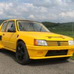 羊の皮を被った狼?いや逆か・・・。ポルシェ・ボクスターの外観をプジョーの変態車、205ターボ16風に改造したカスタムカー