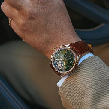 「業界最長」19年も続いたベントレーと高級腕時計メーカー、ブライトリングとの関係に終止符。両社が提携を解消し、「新たな旅に出る」と発表