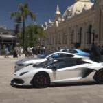モナコにて、その価値13億円と言われるナンバープレートを装着したランボルギーニ・アヴェンタドールSVJが目撃