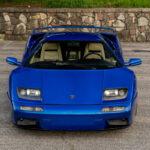 値上がり著しいランボルギーニ・ディアブロ。5速マニュアル、ボディカラーは美しいモントレー・ブルーという個体が中古市場に登場