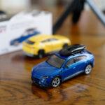 MINI GT製のミニカー「ランボルギーニ・ウルス(ルーフボックスつき)」を買ってみた!ホイールやディフューザーなど複雑な構造もしっかり再現