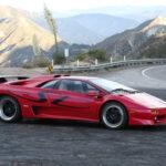 まさに「ザ・スーパーカー」!レッド外装にタン内装のランボルギーニ・ディアブロが中古市場に登場