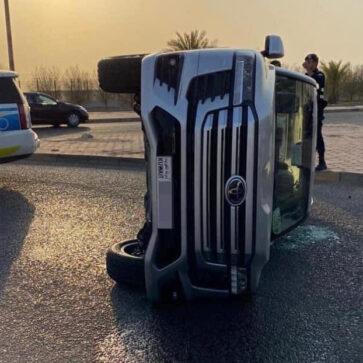 どうしてこうなった・・・。中東にて新型ランドクルーザーが横転する事故