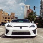 レクサスLFAの価格は年々上昇して直近では新車価格3750万円の倍以上!今回は走行距離わずか284kmのLFAが中古市場に