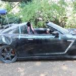 廃車となった日産R35 GT-Rの車体に「放置されていた」R34 GT-Rのボディをスワップするプロジェクトが登場。しかもオープン化されるようだ