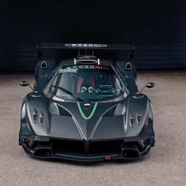 生産わずか10台のみ、パガーニ・ゾンダRレボリューションが中古市場に登場!内外装の詳細画像も公開、一生実車を見ることがなさそうなクルマだけに「ありがたや」