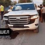 新型トヨタ・ランドクルーザーの事故第一号?ロシアにて、納車後一週間のオーナーがカムリと衝突