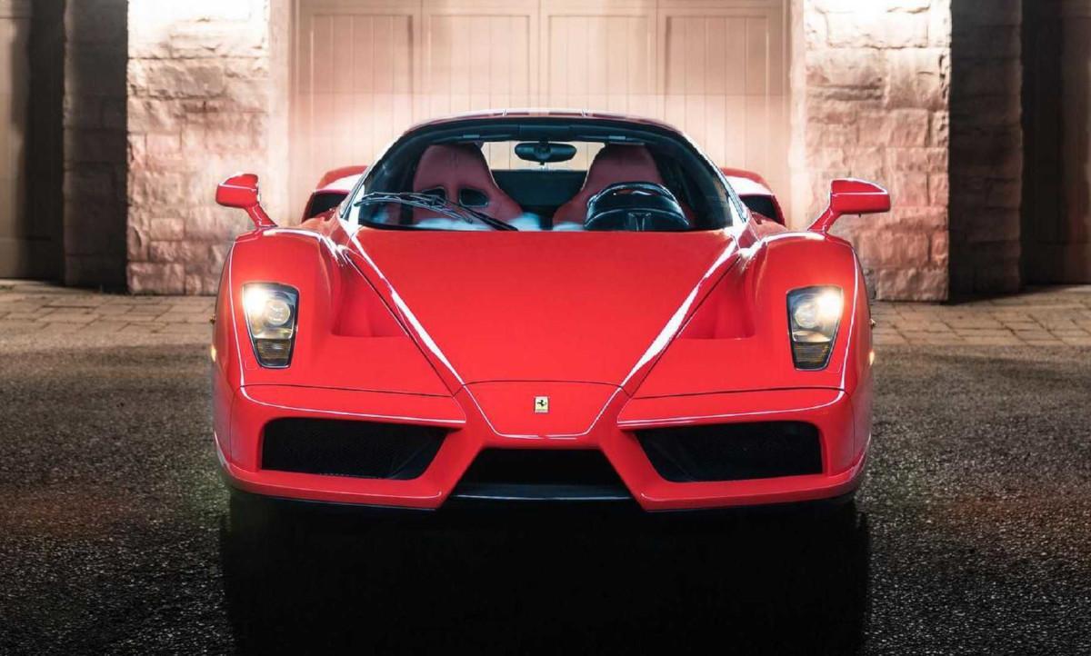 エンツォフェラーリが4億2000万円で取引されて今までの最高記録を打ち立てる!エンツォフェラーリは2008年の相場に比較すると4倍にまで値上がりしていた