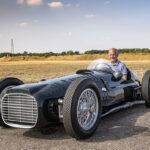 1962年にはF1のタイトルを獲得したこともある英国BRM。規定の変更で1年しか走れなかった「V16エンジン搭載、1950年代のF1マシン」を復刻する。なお591馬力のモンスター