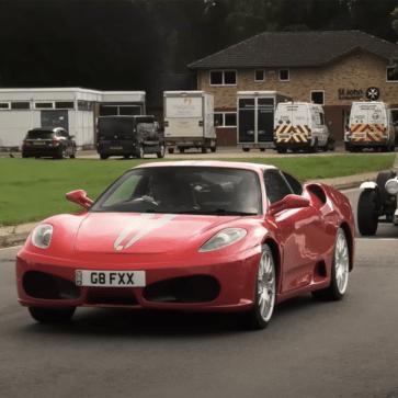 え?このフェラーリがレプリカ?イギリスにて、「心からクルマを愛する」人々の作ったレプリカのみのスーパーカーイベントが開催。どうみても本物にしか見えない・・・