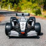 引退表明したばかりのキミ・ライコネンが2002年にドライブしたF1マシン、マクラーレンMP4-17Dが競売に!予想落札価格は最高で3億円