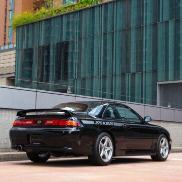1994年に「全てブラック」「30台のみ」、そしてGT-Rよりも高い価格で販売されたシルビア270Rが競売に!現在650万を超え熾烈な入札バトル展開中