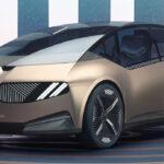 BMWのデザイナーが「電動化とデザイン」について語る。「これからのデザインは大胆で意味のあるものでなくてはならない。デザインによって持続可能性を表現してゆく」