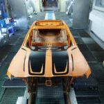 BMWが「職人いらず、コンピューター入力にて自由にボディ上にグラフィックを描くことができる」インクジェット技術を開発!現在M4でテスト中、2022年には実用化